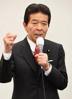 支持者を前に公約を訴える日本のこころの中野正志代表=東京都千代田区で2017年10月10日午前10時6分、川田雅浩撮影