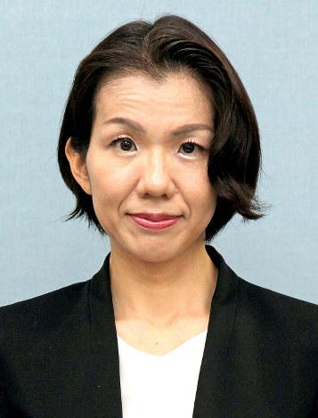 衆院選:豊田真由子氏敗れる 穂...