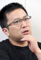 衆院選について語る落語家の桂吉弥さん=大阪市北区で2017年10月12日午前、菅知美撮影