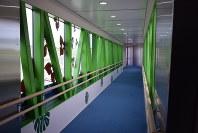 報道陣に公開された新設の搭乗橋