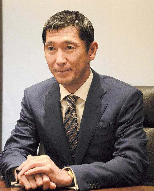 Bain Capital Japan chief Yuji Sugimoto is pictured in Tokyo's Chiyoda Ward on Oct. 18, 2017. (Mainichi)