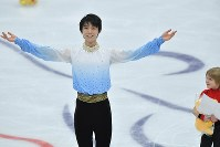 Yuzuru Hanyu finishes in second place in the men's short program of the Rostelecom Cup at Megasport Sport Palace in Moscow, on Oct. 20, 2017. (Mainichi)