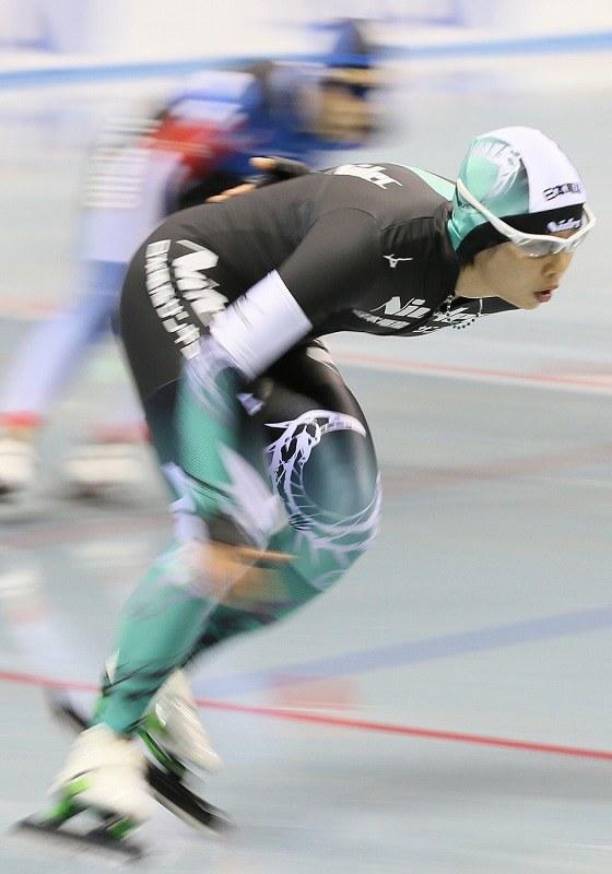 スピードスケート:小平、国内最...
