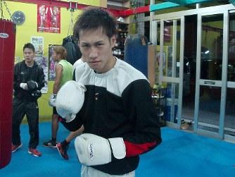 ボクシング:石田匠、スピード勝...