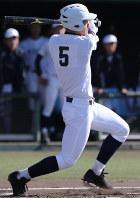 【静岡-東邦】一回裏東邦1死二塁、石川が左越え2点本塁打を放つ=岡崎市民球場で、兵藤公治撮影