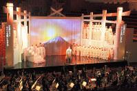 河瀬直美さんが演出したオペラ「トスカ」の舞台=東浦一夫さん撮影
