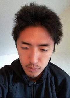 白石隆浩容疑者が事件発覚直前に、無料通信アプリで女性に送った自身の写真