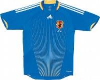 2008~09年のサッカー日本代表ユニホーム=アディダスジャパン提供