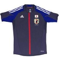 2012~13年のサッカー日本代表ユニホーム=アディダスジャパン提供