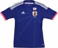2014~15年のサッカー日本代表ユニホーム=アディダスジャパン提供