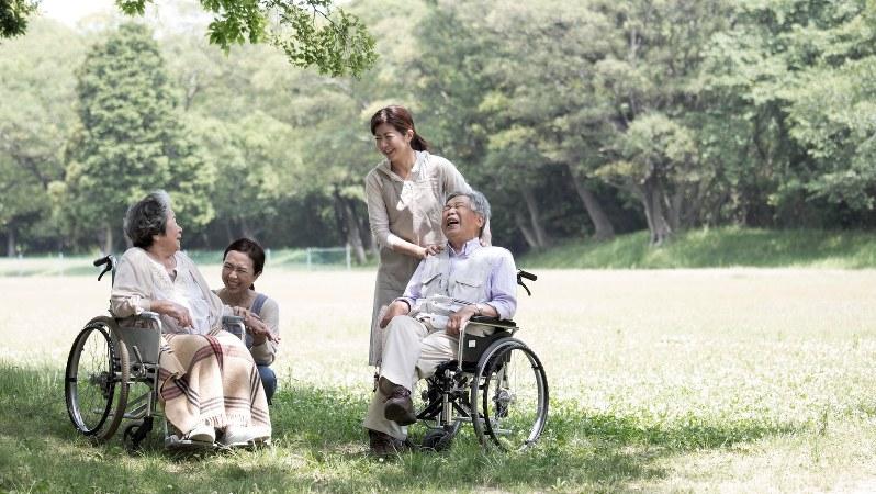 趣味や特技の記憶につながる介護ができれば、本人も心地よく過ごせるはず