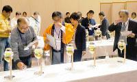 第37回全国きき酒選手権大会の様子=東京都内で、植田憲尚撮影