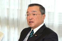 自民党の宮沢洋一税制調査会長