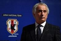 日本サッカー協会がウズベキスタンサッカー連盟と協力 [写真]=Getty Images