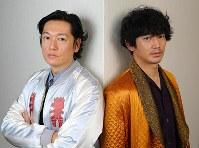 映画「光」に出演する俳優の井浦新(左)と瑛太=大阪市北区で、菅知美撮影