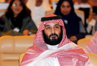 サウジ:拘束中の王子らを虐待か...