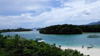 石垣島から川平湾を望む