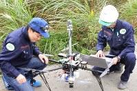 日本気象協会が運用する気象観測用ドローン。機体上部に独自に観測機器を取り付けている=福島県南相馬市で10月25日(同協会提供)