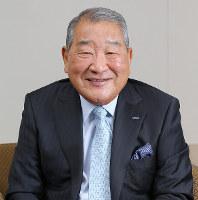 「故郷奈良がもっと元気を出し、発展してほしい」と語る辻本憲三さん=大阪市中央区で、菅知美撮影