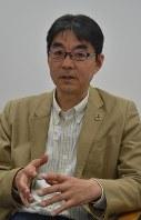 上岡裕さん