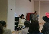 田村博子さん(中央)は「乳がん体験者コーディネーター」として患者会「虹の会」をはじめ、後に続く患者のために活動する=田村さん提供