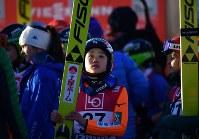 【ノルディックスキーW杯・ジャンプ女子第3戦ラージヒル】 5位に終わり引きあげる伊藤有希=ノルウェー・リレハンメルで2017年12月3日、宮間俊樹撮影