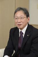 まつおか・たかし 1955年、奈良県出身。79年、同志社大学工学部機械工学科卒。87年、工学博士の学位受領(同志社大学)。98年、同工学部教授。2010年4月、同副学長。16年4月から同志社大学長。