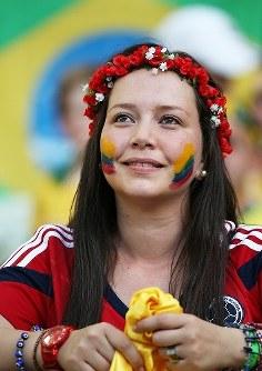 【ブラジル・コロンビア】試合を見守るコロンビアの女性サポーター=ブラジル・フォルタレザのカステラン競技場で2014年7月4日、小出洋平撮影