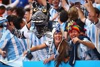 【アルゼンチン・ベルギー】盛り上がるアルゼンチンのサポーター=2014年7月5日、ゲッティ