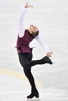 【フィギュアGPファイナル】 男子SPで演技するジェーソン・ブラウン=名古屋市南区の日本ガイシホールで2017年12月7日、宮間俊樹撮影
