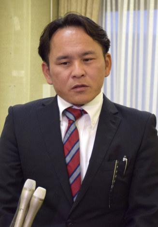 加賀市議会:ネットで飲食店中傷...