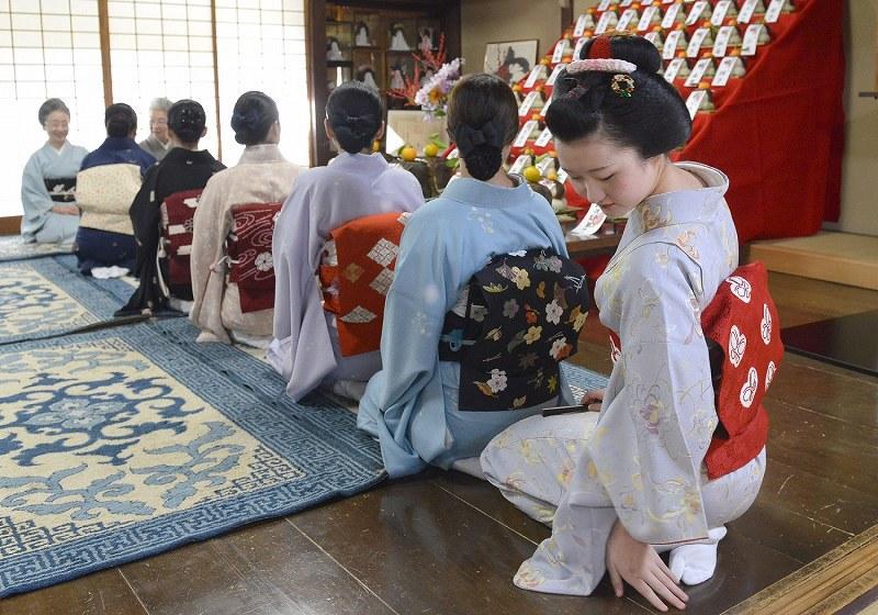 京都・祇園:事始め - 毎日新聞