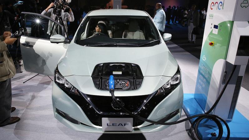 日産自動車の新型EV「リーフ」=2017年9月6日、宮武祐希撮影