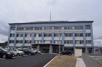 宮古市松山地区に新しく完成した宮古署の庁舎。18日から運用を開始する=宮古市で