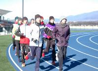 「都大路制覇」を目標に練習をする佐久長聖の選手たち