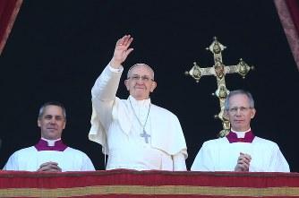 ローマ法王:「思いやり満ちた世...