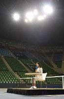 引退を決めテニスコートで会見する伊達公子選手=東京都江東区の有明コロシアムで2017年9月7日午後3時53分、渡部直樹撮影