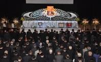 県内外から約650人が集まった梶原拓前知事をしのぶ会=岐阜市で