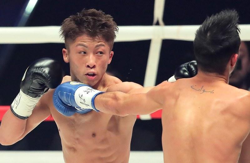 ボクシング:ダブル世界戦 怪物...