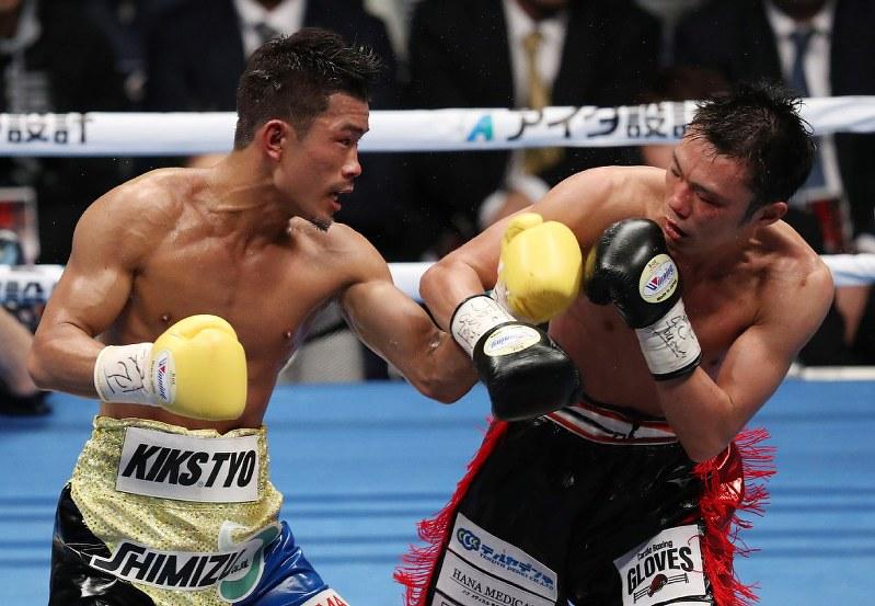 ボクシング:木村翔も九回TKOで...