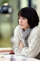 連続ドラマで初主演。役に合わせて約20センチ、髪を切った吉岡里帆さん=小川昌宏撮影