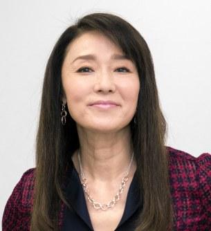 結婚:浅野ゆう子さん、昨年末に...