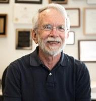 コネティカット大学のゲーリー・パウエル教授=提供写真