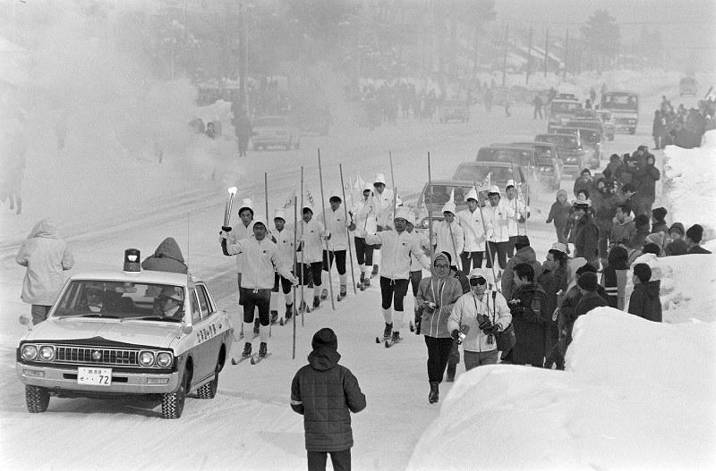 1972年札幌五輪:日本ジャンプでメダルを独占 [写真特集4/42 ...