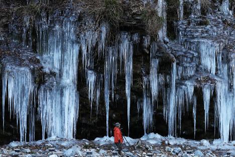 Photo Journal: Crystal cliffhanger