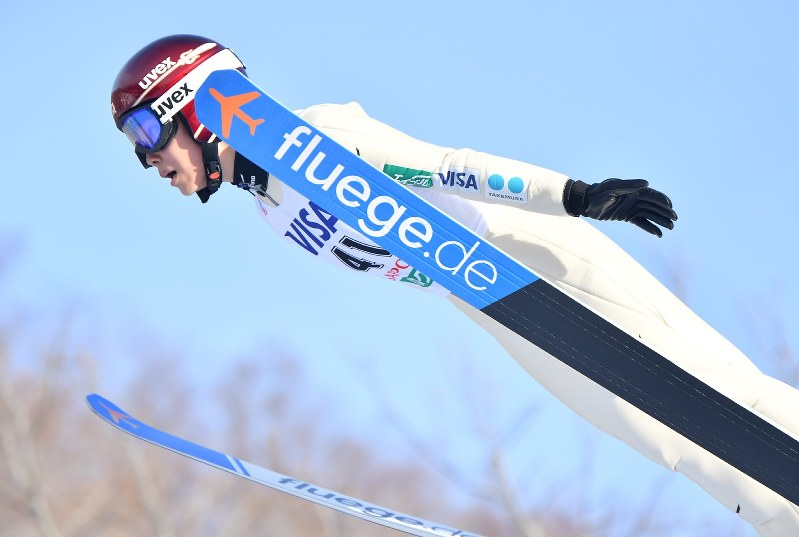 スキー ジャンプ スーツ 規定 違反 と は スキージャンプのウェア規定について、お尋ねします。完全に初歩的な...