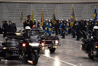 県警年頭視閲:「警察活動強化」...