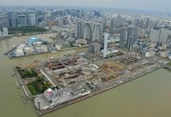 建設が進む東京五輪・パラリンピック選手村=2017年10月24日、藤井達也撮影