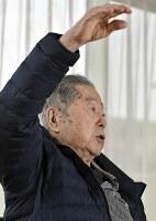 被爆体験を語る阪口善次郎さん=大阪府吹田市で2018年1月16日、平川義之撮影