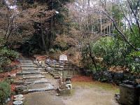 西郷と月照が密議を重ねた茶亭「採薪亭」の跡地=京都市東山区の即宗院で、玉木達也撮影